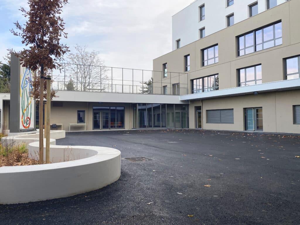 esperance-villeurbanne-cour